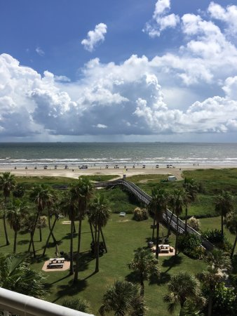 The Galvestonian: Beach view from our balcony!