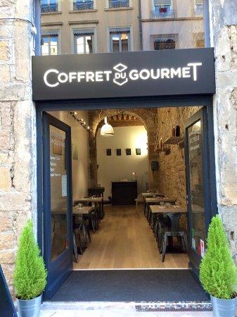 Restaurant coffret du gourmet dans lyon avec cuisine for Restaurant cuisine moleculaire lyon