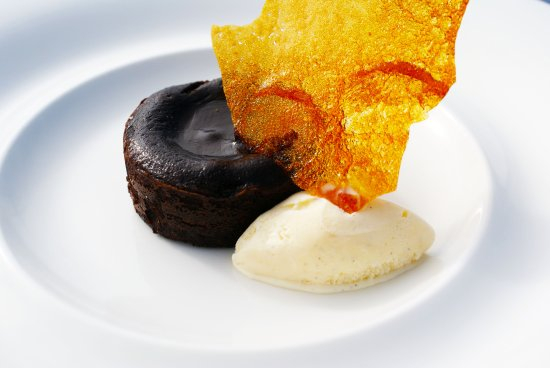 Burton upon Trent, UK: Chocolate Fondant with Amaretto ice cream and crystallised honey
