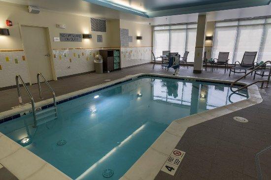 Genève, État de New York : Our Indoor pool is open until 10PM