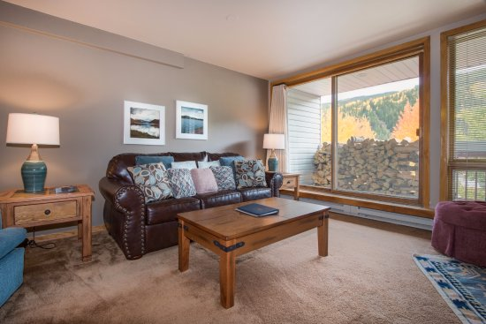 Keystone, CO: Balcony with ski area views