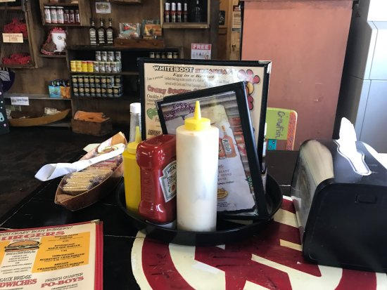 Crazy Bout Crawfish Cajun Cafe: photo1.jpg