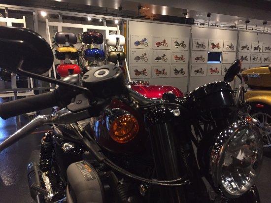 Harley-Davidson Vehicle Operations: Harley-Davidson York Operations Tour Center