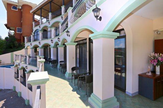 Hotel Chantel: second level of hotel