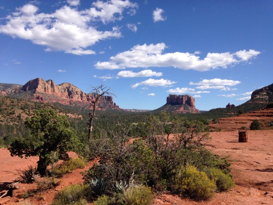 Sedona Views Bed and Breakfast : View at Bell Rock