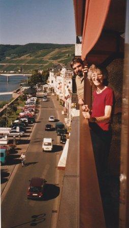 Family Members Enjoying the Beautiful View from Hotel Weinhaus Mayer!
