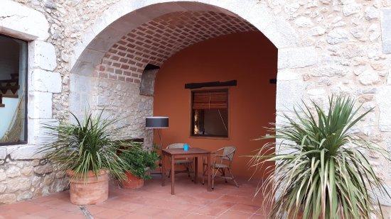Avinyonet de Puigventos, Hiszpania: entrée de notre chambre