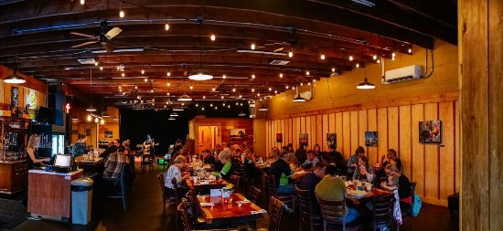 Enumclaw, WA: Join us for lunch, dinner, happy hour & live music.