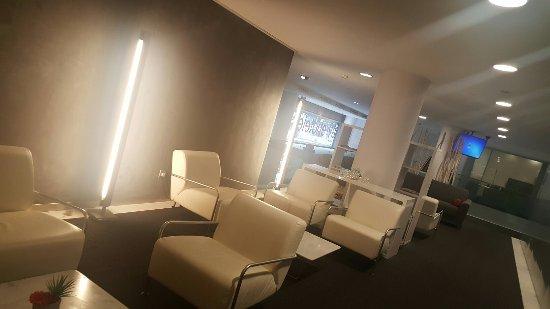 Ayre Hotel Caspe: 20160927_095716_large.jpg
