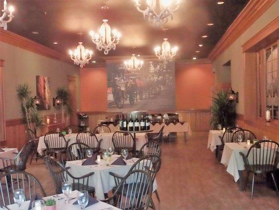 Mayville, WI: Dining Room