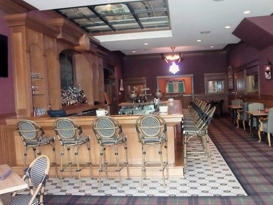เมย์วิลล์, วิสคอนซิน: Absolutely beautiful Bar