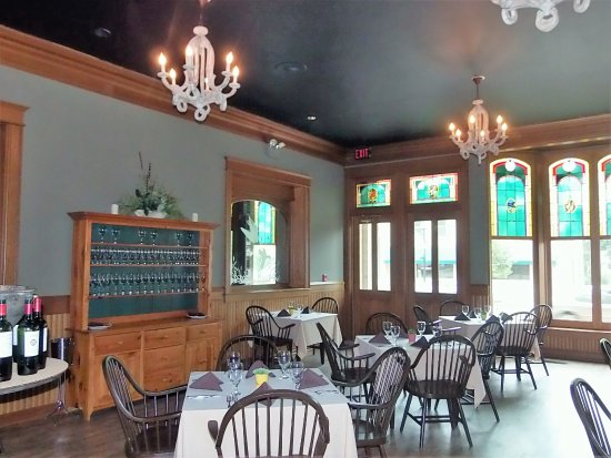 Mayville, WI: Other side of dining room
