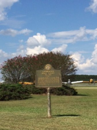 Americus, GA: You can see a few planes in the background behind the sign.