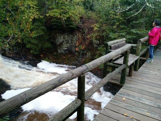 Lutsen, MN: Cascade creek trail