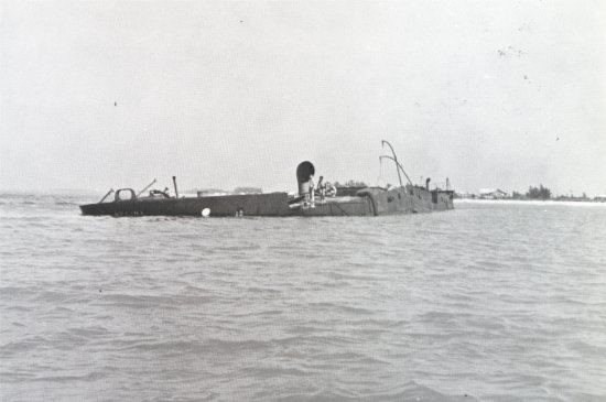 "Bradenton Beach, Floryda: March 1940 ""REGINA' Molasses Barge: Photo courtesy of Franklin Price, Archaeologist III, Florida"