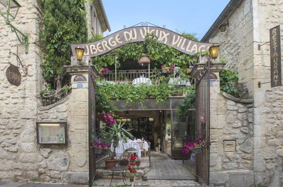 Mallemort, ฝรั่งเศส: Auberge du Vieux Village