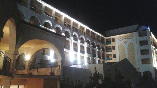 Hotel Riu Helios Bay: 20160829_204852_large.jpg