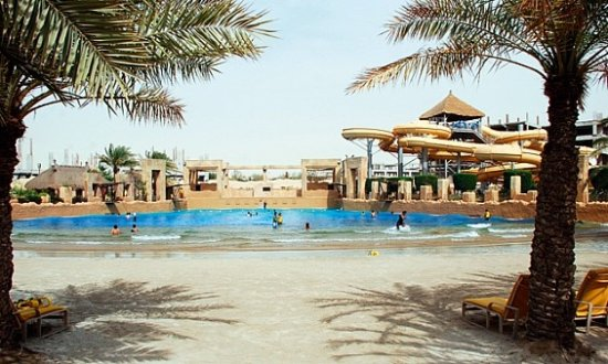 Delmon Beach and stage up ahead - Picture of Lost Paradise of Dilmun