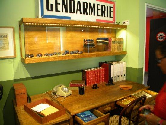 musee de la gendarmerie et du cinema lintrieur du muse