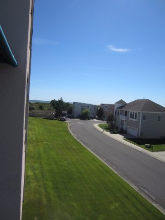 "Brigantine, Нью-Джерси: ""Ocean View"" from our room- Really?"