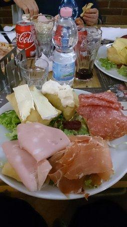 Pizzeria La Gradisca: TA_IMG_20160928_201341_large.jpg