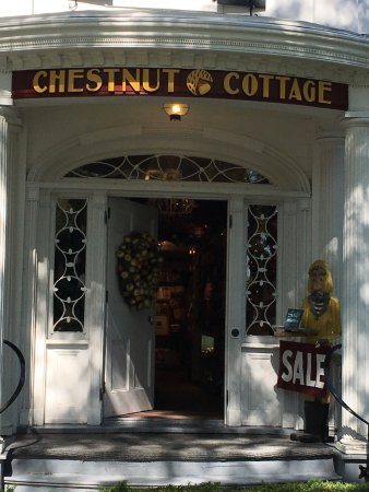 Chesnut Cottage