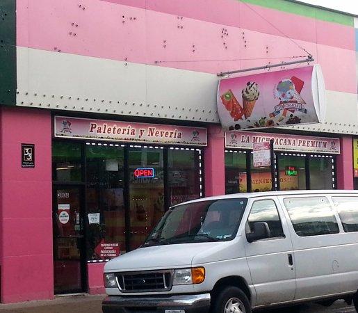 La Michoacana Premium Chicago Albany Park Restaurant Reviews