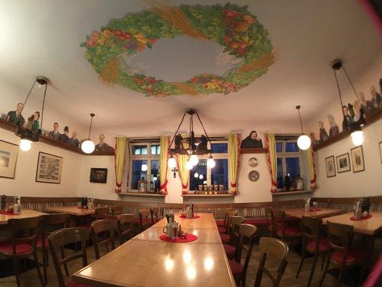 photo2.jpg - Bild von Kitzmann Bräuschänke, Erlangen - TripAdvisor