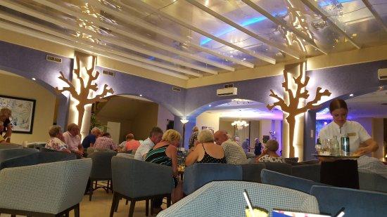 هوتل يارامار: The cocktail lounge
