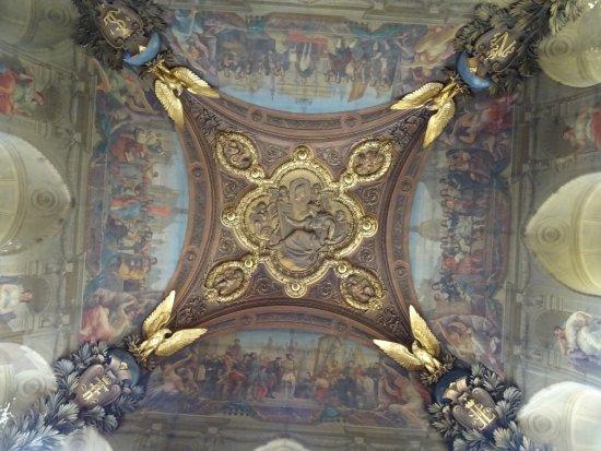 Museu do Louvre: Un autre Superbe Plafond