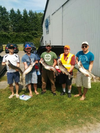 Barrie, Kanada: Happy Go Fishing Charters