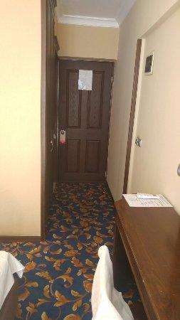 Oasis Hotel: 20160924_085518_large.jpg
