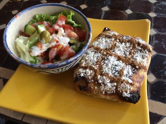 Chez Younice moroccan restaurant: Pastilla au poulet