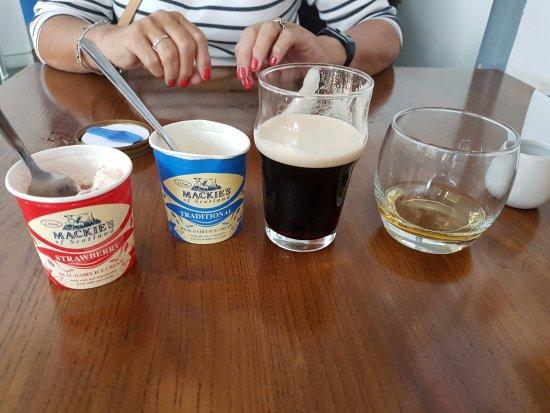 An Lanntair: Afternoon tea - well sort of.