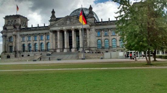 Plenarbereich Reichstagsgebäude: Por fora