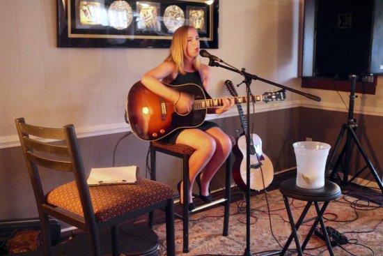 Holly Springs, Carolina del Norte: Stephie Forde - UK