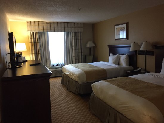 Country Inn & Suites by Radisson, Kingsland, GA : Hotel room