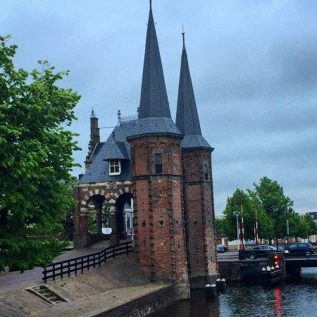 Rijksmonument Waterpoort Sneek uit 1613: photo1.jpg