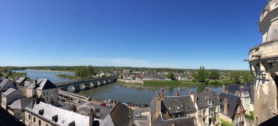 Amboise, فرنسا: Vista para a cidade e o rio