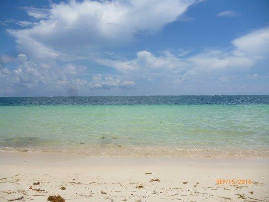 Hotel el Moro: Beach 5 minute walk from hotel