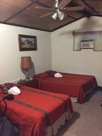 Hotel Utz Jay Photo