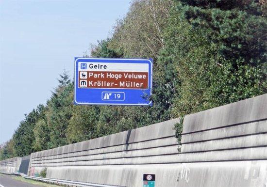 Hoenderloo, เนเธอร์แลนด์: a sign