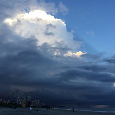 Myrtle Beach Storms Moving In By The Wheel