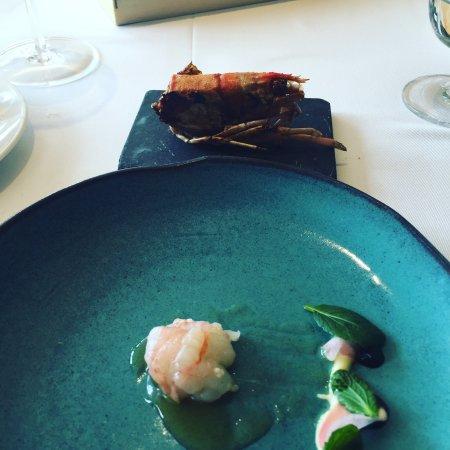 Poio, España: Gamba con ensalada y bogavante con pollo marinado
