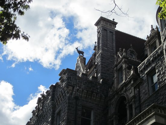Boldt Castle and Yacht House: Notice the deer perched up high on the castle