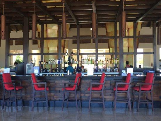 Bar En La Terraza De La Recepción Picture Of Royalton