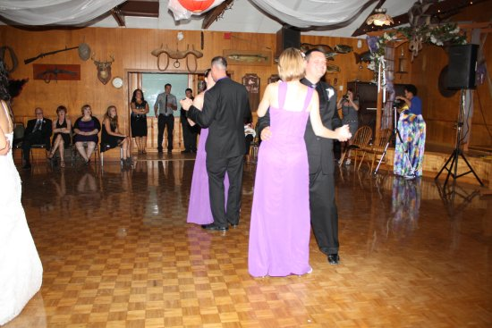 Bruce Peninsula, Canadá: Rec Room has a large dance for Special Occasions.