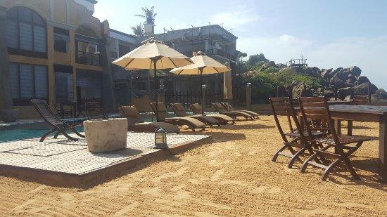 Thaproban Pavilion Resort and Spa: 20160924_091224_large.jpg