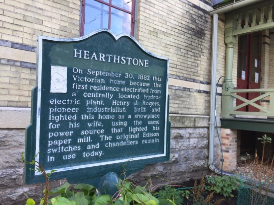 Hearthstone Historic House Museum: photo4.jpg
