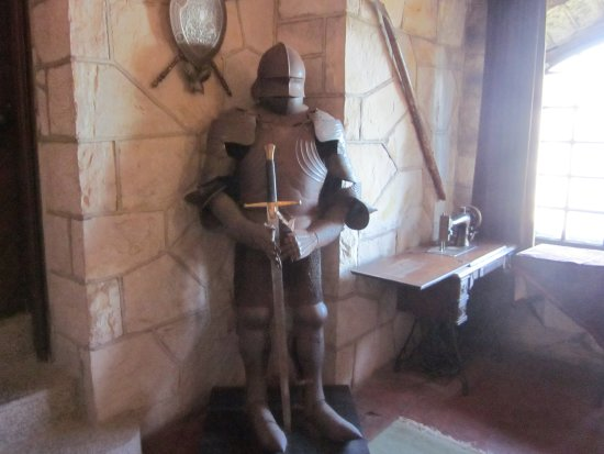 Chippewa Bay, estado de Nueva York: A Knight will greet you